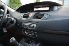 Renault-Grand Scénic-9